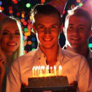 Une incroyable idée pour fêter un anniversaire à Paris : réservez un bar !