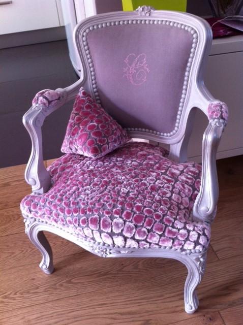 fauteuil enfant design Louis XV